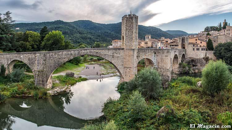 Besalú_Girona_Gerona_Cataluña_Catalunya_El_Magacín