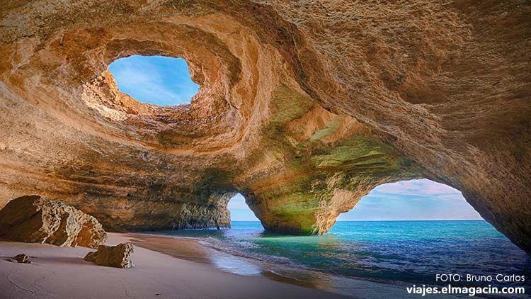 Cueva de Benagil en Algarve