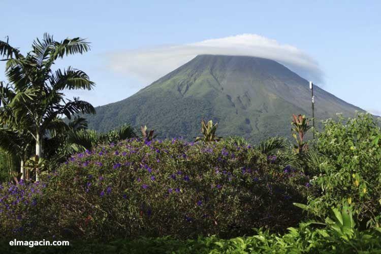 Volcán Arenal de Costa Rica. El Magacín.