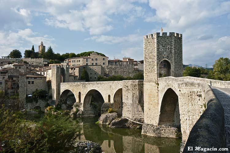 Besalú (Gerona/Girona). Uno de los pueblos más bellos de España