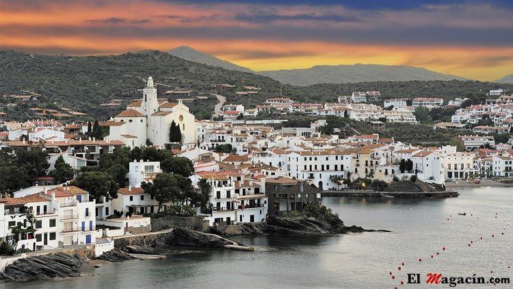 Cadaqués, para muchos el pueblo costero más bonito de España