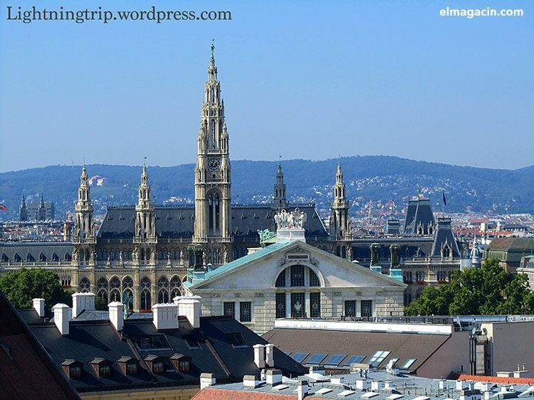 Vistas del Ayuntamiento de Viena. El Magacín.