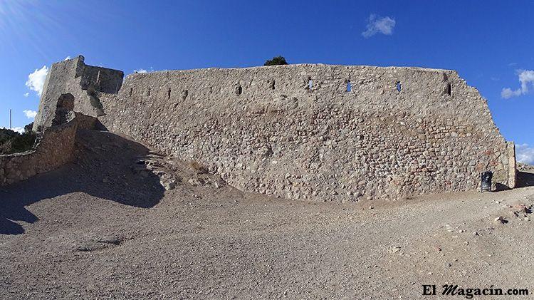 Terraza sur castillo Miravet