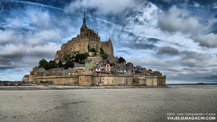 Mont Saint Michel, vista con marea alta