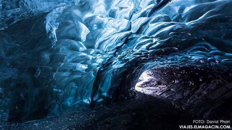 Cueva del glaciar Vatnajökull en Islandia