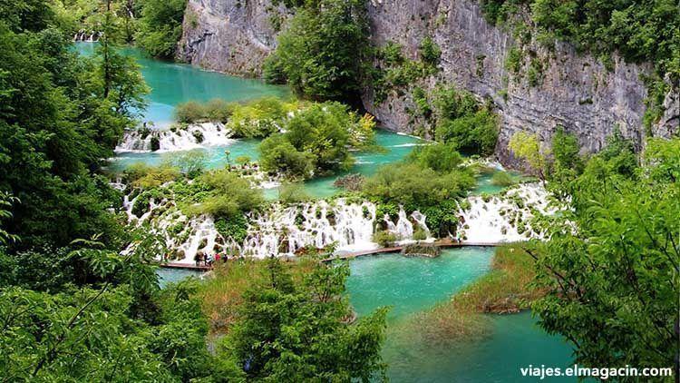 Lagos Plitvice en el país de Croacia.