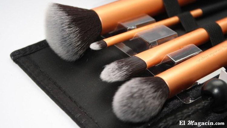 Accesorio de maquillaje. El Magacín.