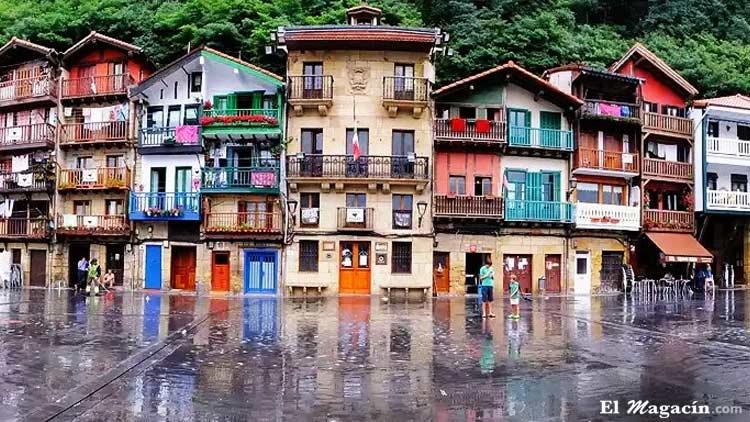 Hondarríbia o Fuenterrabía (Guipúzcoa, País_Vasco) entre los pueblos más bonitos de España.