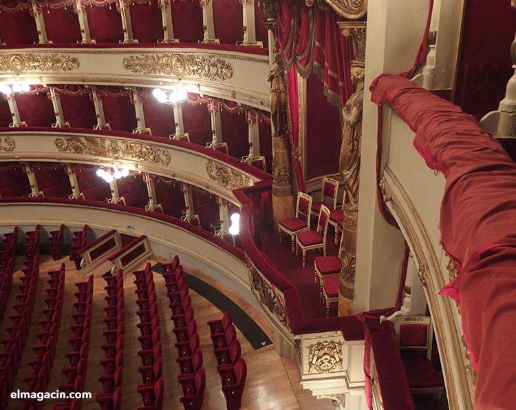 Interior Scala de Milán. El Magacín.