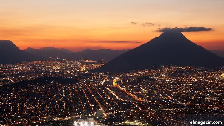 Monterrey, México. El Magacín.