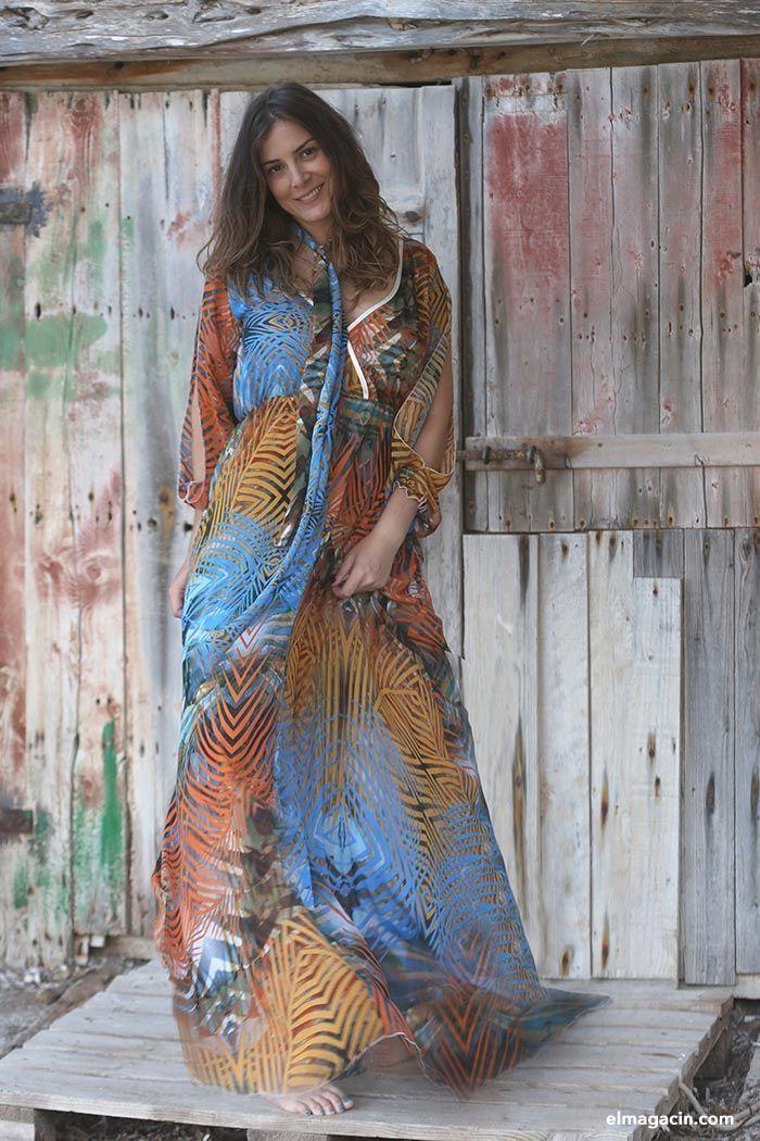 Patricia Morueco con vestido largo.