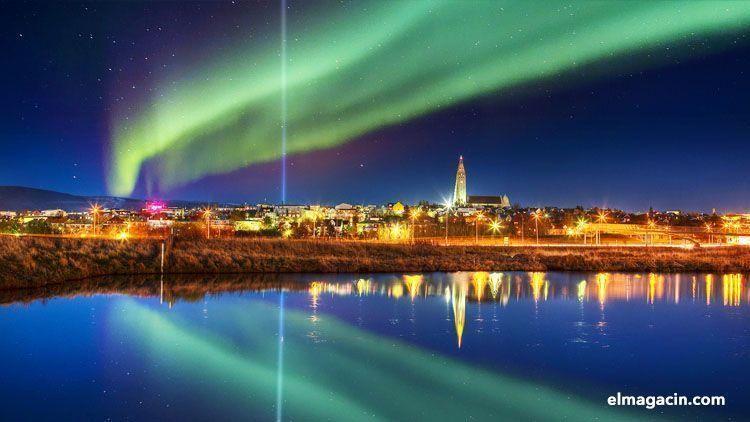 Autora boreal en Reykjavík. El Magacín.