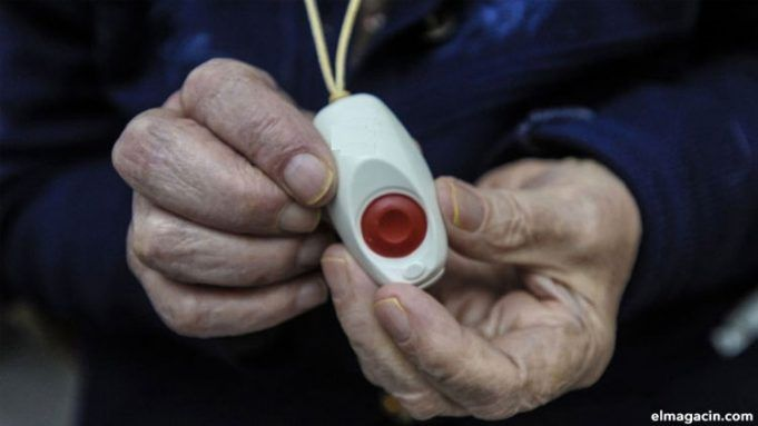 Teleasistencia de emergencia inmediata para mayores