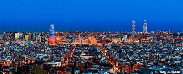 Barcelona desde el Tibidabo. Turismo en Barcelona en 2021