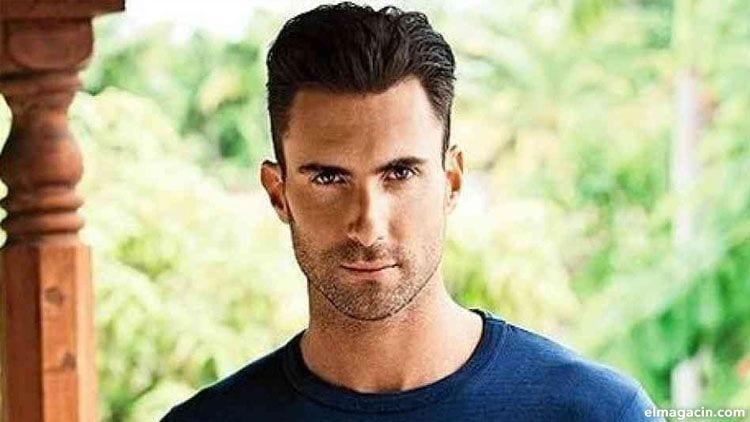 Adam Levine. El chico más popular entre los cantantes hombres guapos de la actualidad