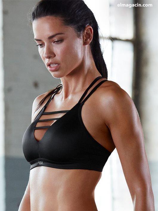 Adriana Lima en el gimnasio
