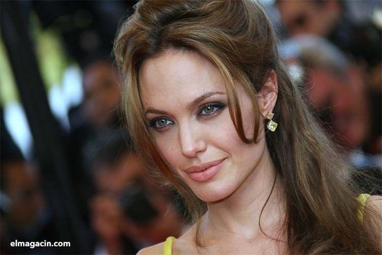 Angelina Jolie. La actriz más guapa de Estados Unidos. El Magacín.