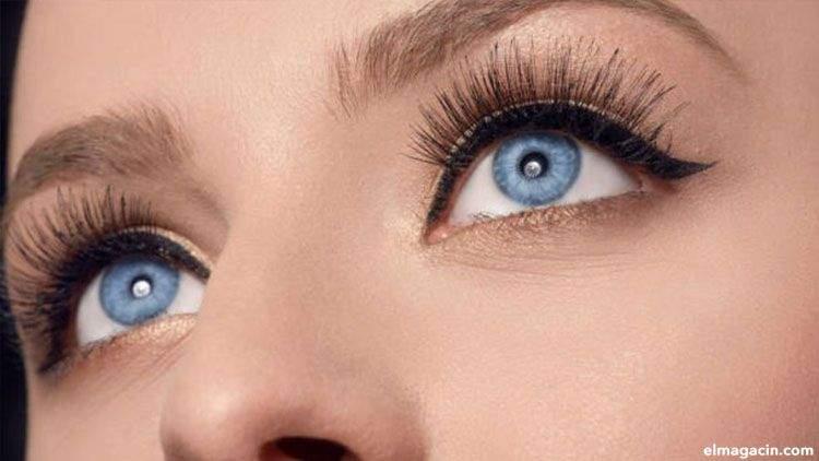 Color de iris con ojos azules