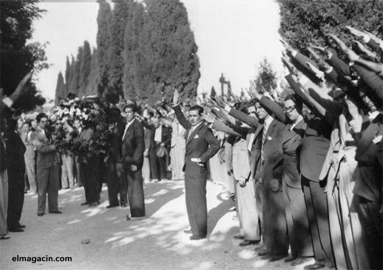 Concentración falangista en 1936. El Magacín.