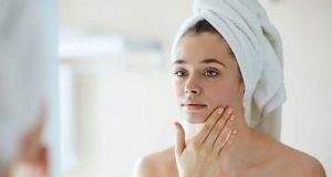 Cuidado de la piel. Pasos básicos para mantener una buena salud facial
