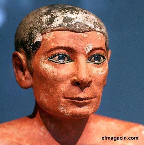Escriba egipcio maquillado. El Magacín.