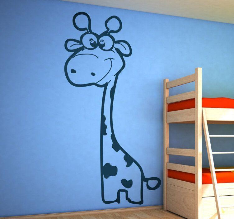 Cómo poner papel pintado infantil de dormitorio. Girafa