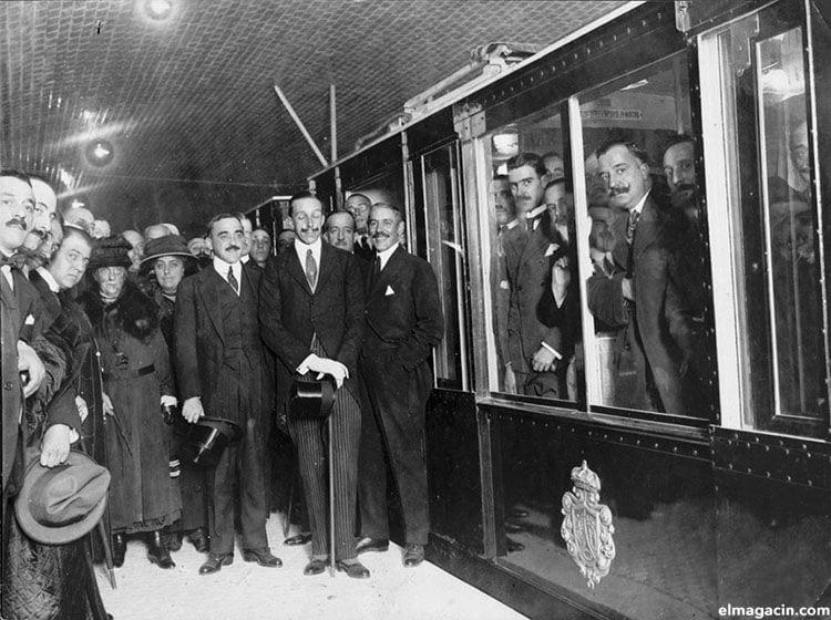 Inauguración del Metro por el rey Alfonso XIII, en octubre de 1919.