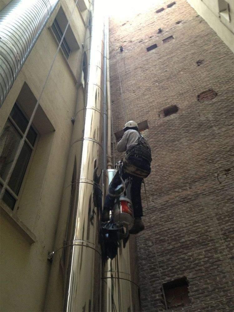 Instalación de salida de humos en un piso en Madrid