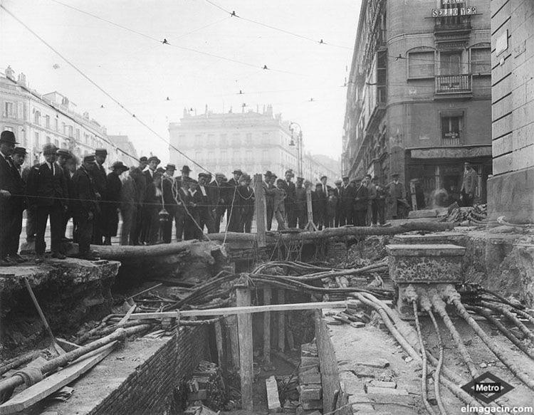 Obras de construcción del metro de Madrid en 1917