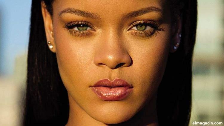La cantante Rihanna tiene el iris de color avellana