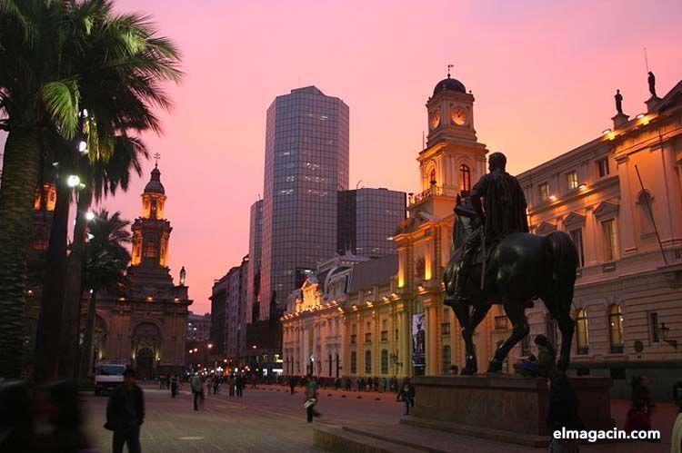 Plaza de Armas en Santiago de Chile. El Magacín.