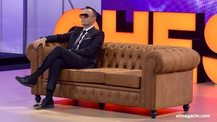 Risto Mejide en el sofá de Chester.