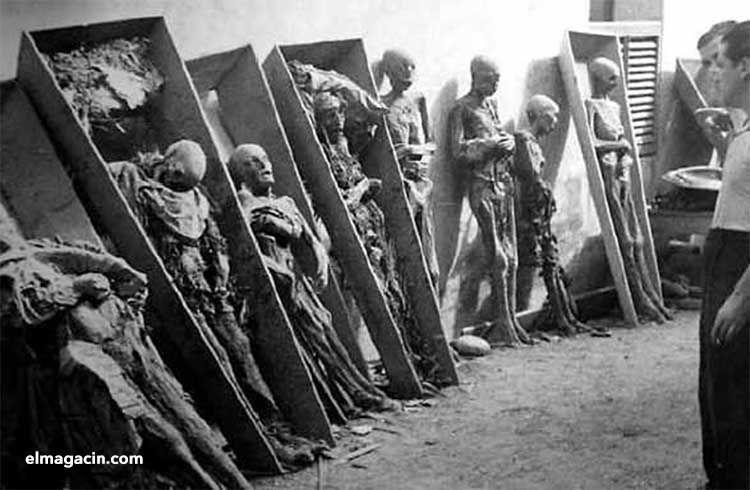 Saqueo de tumbas en 1936. El Magacín.