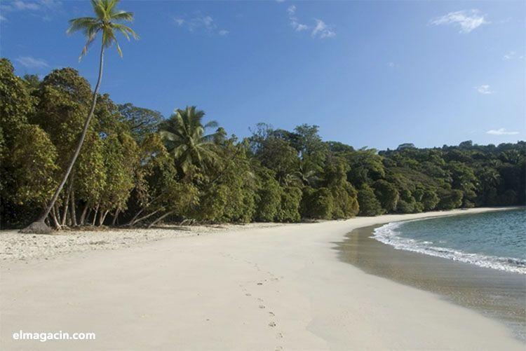 Playa de Costa Rica. El Magacín.