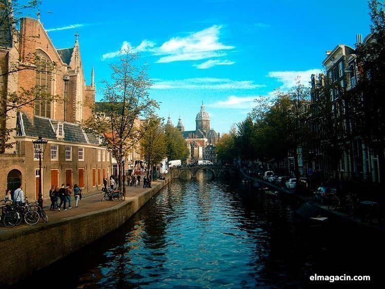 Viajar solo a Amsterdam. El Magacín.